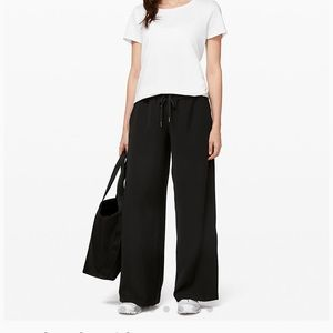 Lululemon On the Fly Wide Leg Pant